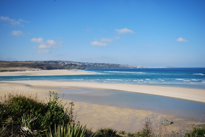 Hayle Beach - dog friendly places in Cornwall