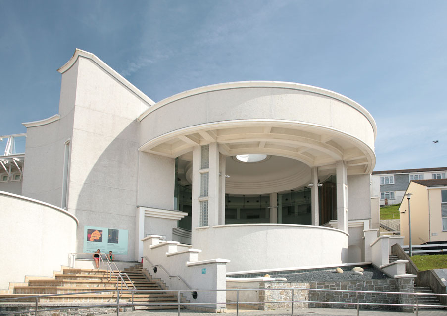 Tate Gallery St Ives in Winter