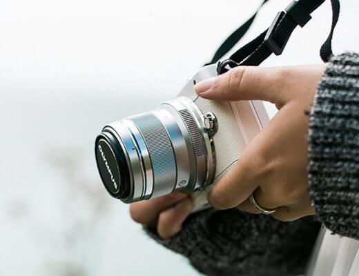 Olympus Pen E-PL7 Review: The Blogger & Vlogger Camera
