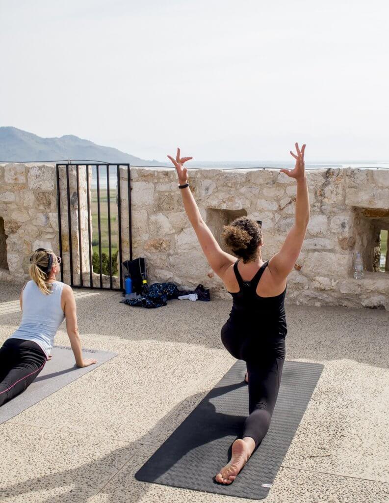 Besac Fortress yoga