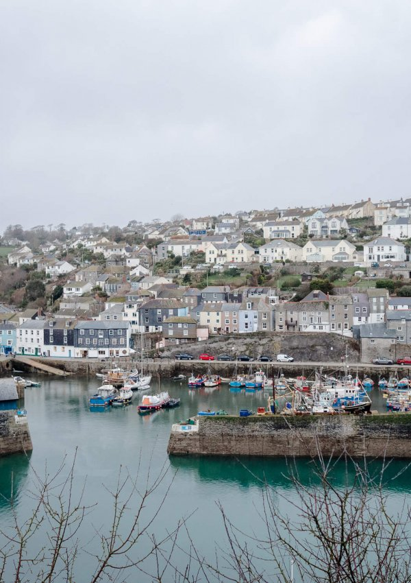 Meeting Strangers from the Internet (and photos of beautiful Mevagissey harbour)