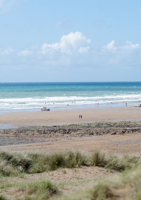 Freewave Surf Academy: Surf & Yoga Retreat in Widemouth Bay, Bude