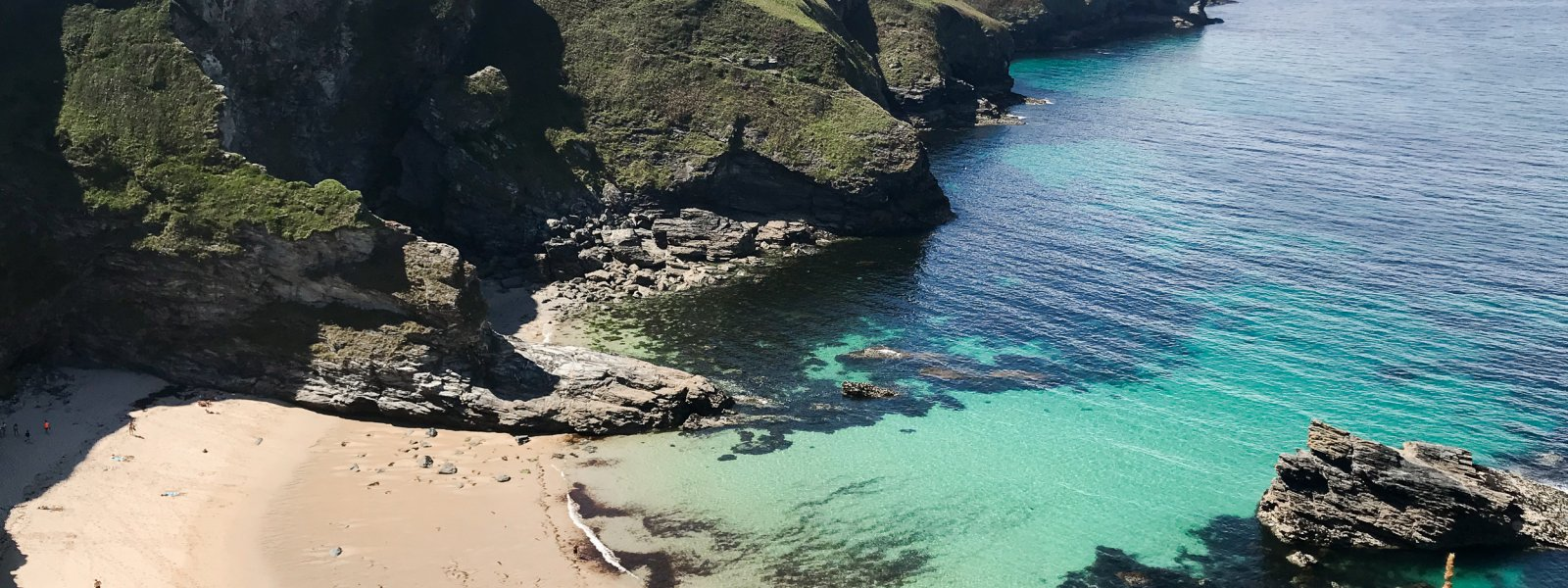 Finding Secret Beaches & Coves in Cornwall