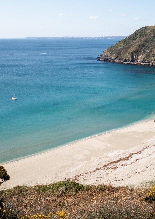 We found paradise at Lantic Bay, Cornwall