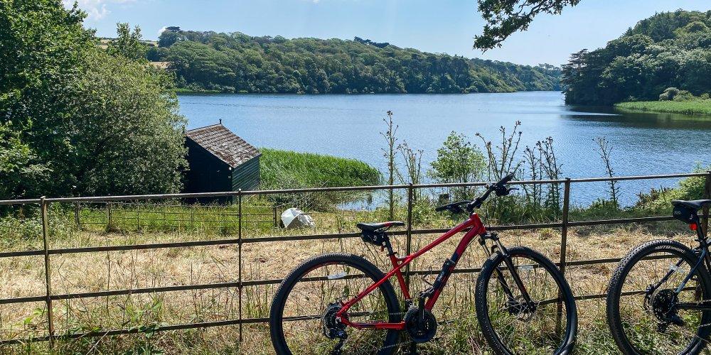 Lakeside Cycles bike hire and Cornwall trail
